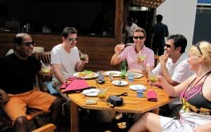Good Food, Nice drinks and sunshine!
